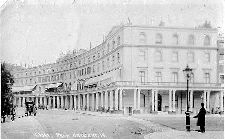 Park Crescent , ahol Bach doktor és Nora Weeks dolgozott